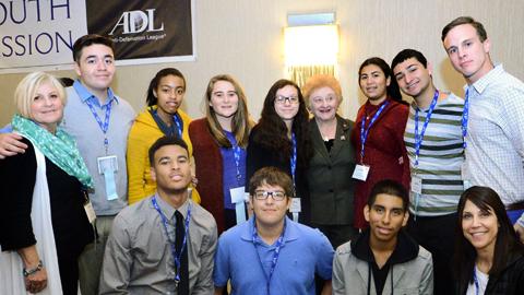 WB_LA Delegates Meet with Holocaust Survivor