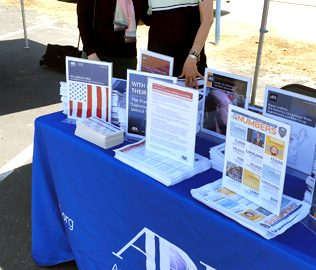 ADL Pacific Southwest Regional Executive Committee Members Karen Dabby and Nancy Parris-Moskowitz at the ADL resource table